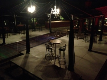 plexi-glass-dance-floor-pool-cover